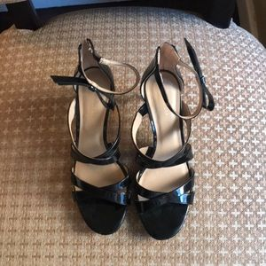 Flirty Ann Taylor patent leather shoes